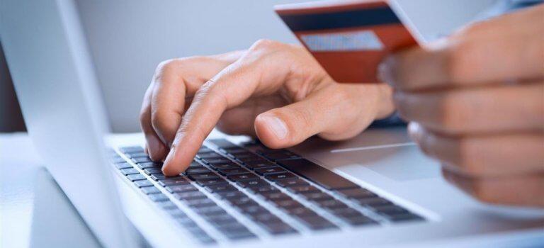 Acquistare regali online conviene e fai più in fretta
